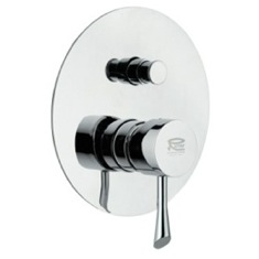 Built-In Bath and Shower Diverter with Deluxe Flange